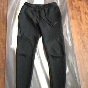 Nike Tech-fleece joggers